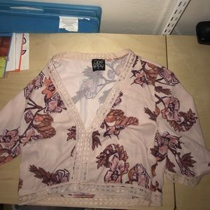 floral crop top never worn LF